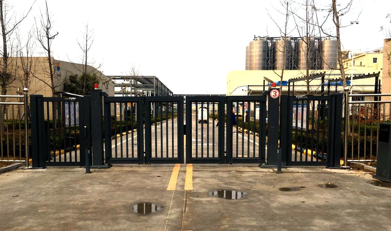 折叠门-濮城盛通聚源材料有限公司