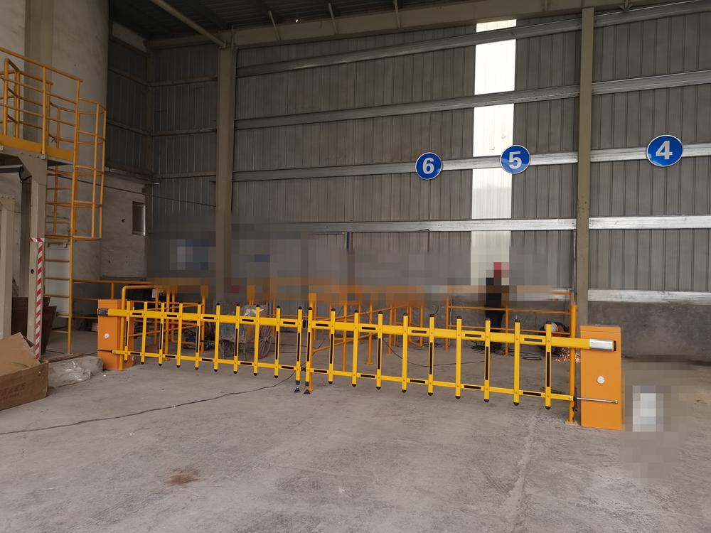 栅栏道闸-郑州嘉耐特种铝酸盐有限公司